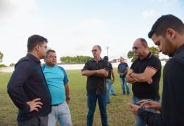 Prefeito Berg Lima faz visita técnica ao estádio Lourival Caetano e promete reabertura