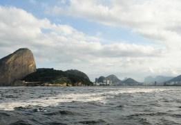Autoridades já temem que óleo derramado atinja praias do Rio
