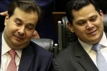 o presidente da camara rodrigo maia dem rj e o presidente do senado davi alcolumbre dem ap 1574437384072 v2 450x450 e1574460352946 - Centrão quer vagas de ministros para apoiar governo, mas Bolsonaro resiste