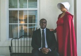 Casal é criticado por anunciar gravidez com ensaio temático: 'incentivo ao estupro'
