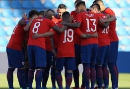 Jogadores do Chile decidem não entrar em campo em apoio aos protestos no país