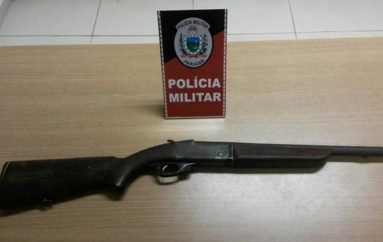 Dupla é presa com espingarda calibre 12 e maconha em Gramame