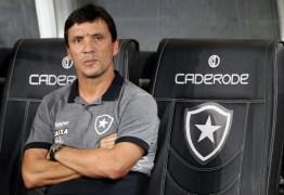 Treinador Zé Ricardo cobra dívida milionária do Botafogo