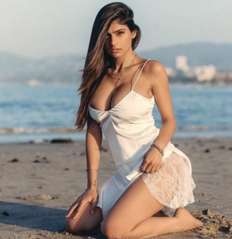 31404500 1d31 11ea 9d61 3d79b65307fa 291x300 - Mia Khalifa posta vídeo vestida de noiva e gera questionamentos na internet