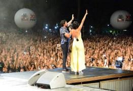 Fiéis lotam praia do Cabo Branco no primeiro dia do Festival Louvor e Adoração
