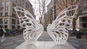 8196614 x720 300x169 - Escultura em Nova York homenageia travesti Dandara dos Santos, vítima de violência