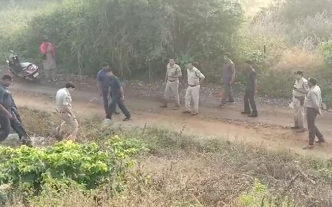 90h8f555aycys6f979t7baefe - Polícia mata suspeitos de estupro coletivo em reconstituição de crime - ENTENDA