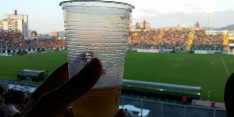 BEBODA 750x375 - Lei que autoriza venda de bebida alcoólica nos estádios da Paraíba é aprovada