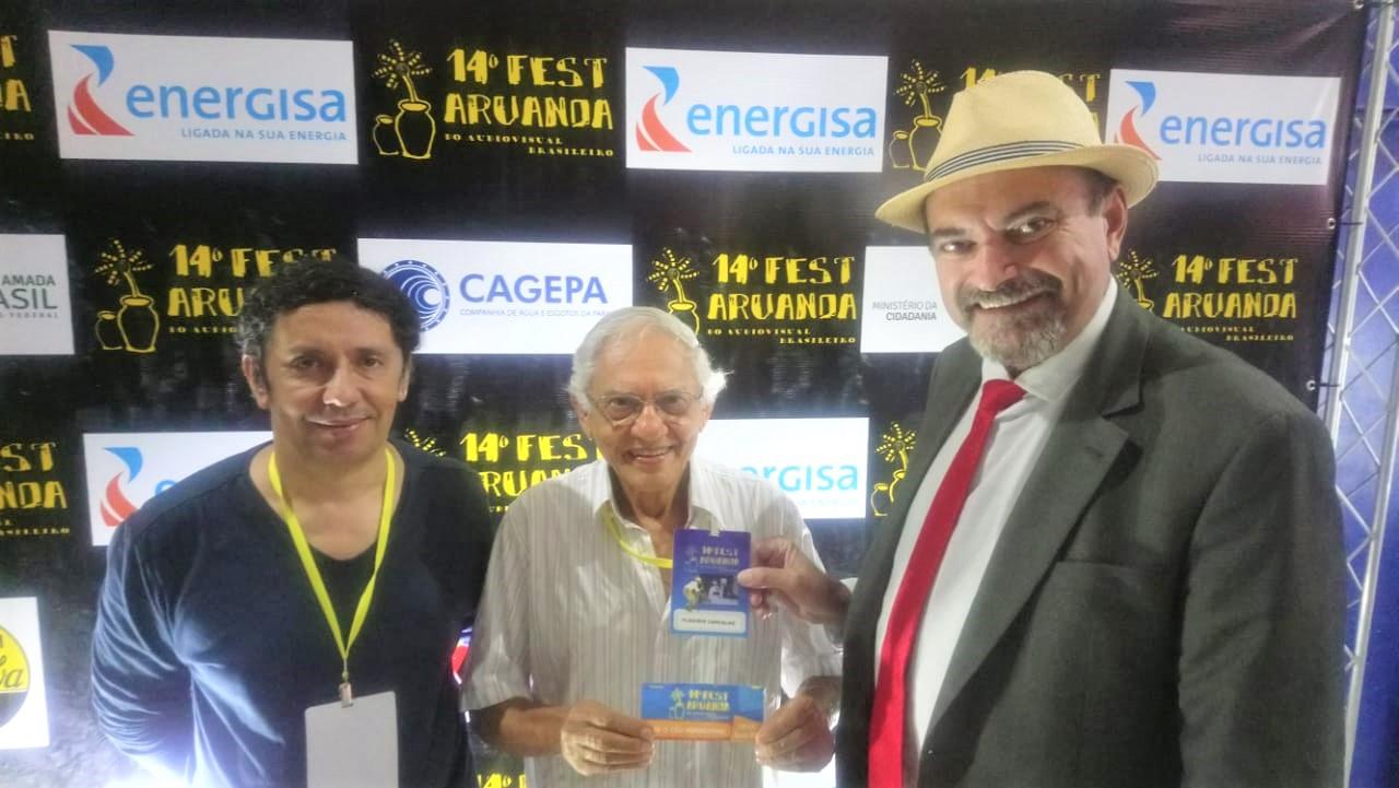 Jeova com organizadores do Fest Aruanda - Jeová fala de participação no Fest Aruanda e elogia iniciativa de reconhecer talentos paraibanos