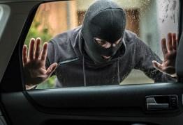 FALSA CORRIDA: Motorista de aplicativo tem carro roubado durante assalto no Bessa