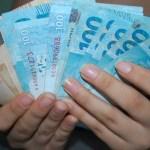 SALARIO 570x380 - Lei veda redução da remuneração de servidores públicos do Estado da Paraíba
