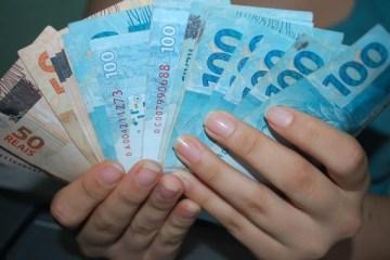 Lei veda redução da remuneração de servidores públicos do Estado da Paraíba