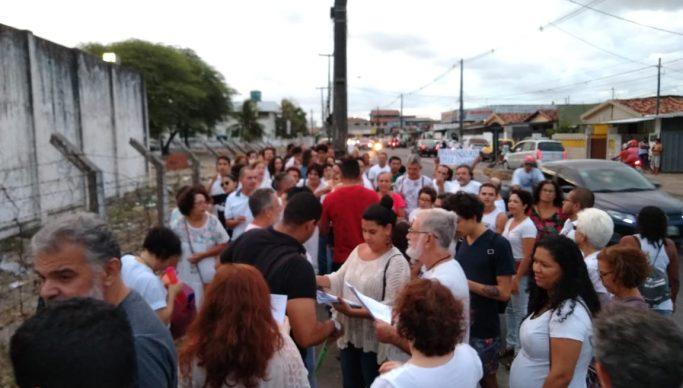 WhatsApp Image 2019 12 20 at 17.59.40 683x388 - PRISÃO: Em ato de solidariedade, pai de Márcia Lucena acusa 'grande injustiça'; VEJA VÍDEO