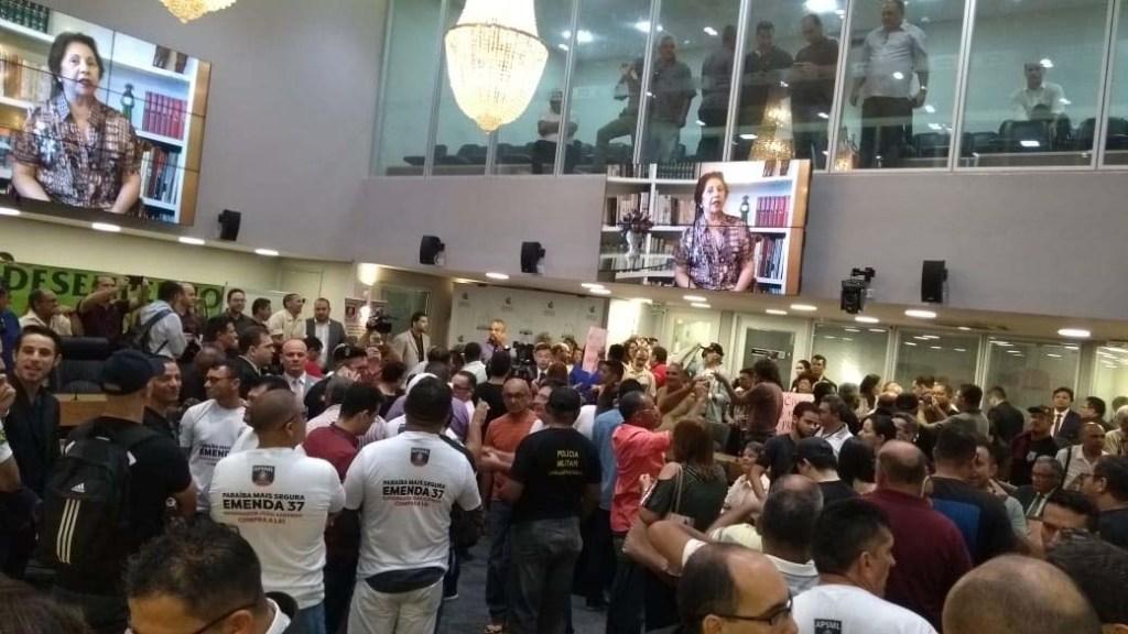 alpb1 1024x576 - REFORMA DA PREVIDÊNCIA: Servidores da PM ocupam plenário e pedem audiência na ALPB