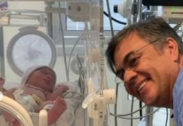 'EMOÇÃO FORTE E GENUÍNA': Nascem Lucas e Letícia, netos gêmeos de Cássio Cunha Lima