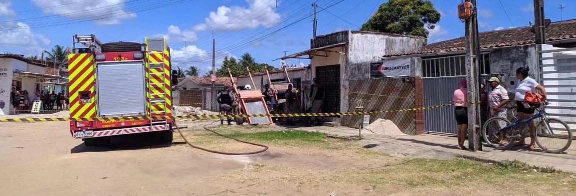 casa incêndio valentina - Incêndio causa desabamento de telhado de casa na Capital e morte de criança