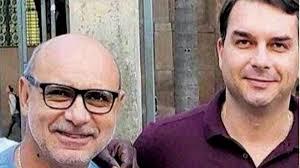 download 13 - Advogado de Queiroz deixa o caso em meio ao escândalo de corrupção de Flávio Bolsonaro