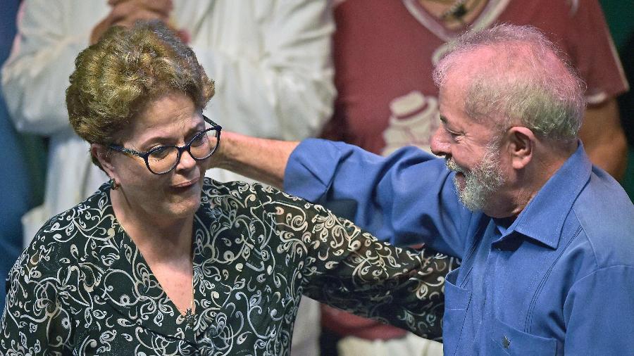 lula e dilma rousseff participam de evento no circo voador ao lado de artistas 1576729625579 v2 900x506 - Lula diz 'não estar livre' e que tentarão evitar direito dele ser candidato