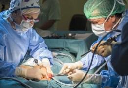 Mulher morre após pegar fogo durante cirurgia