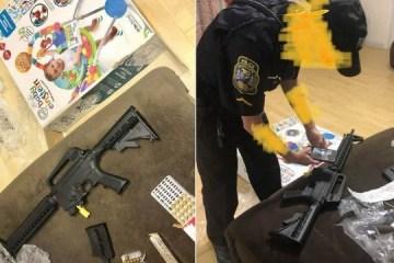 Mulher compra cadeira de balanço para bebê e recebe rifle com balas