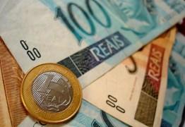13º SALÁRIO: Governador anuncia que pagará em agosto, setembro e outubro primeira parcela aos servidores