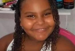 TRAGÉDIA: menina de 8 anos morre vítima de bala perdida dentro de casa