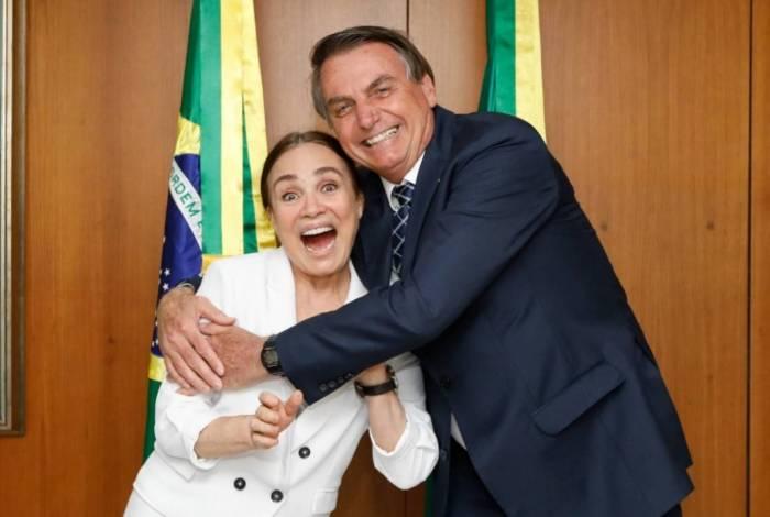 1 reginabolsonaro 15276398 - Posse de Regina Duarte na Cultura está prevista para 4 de março