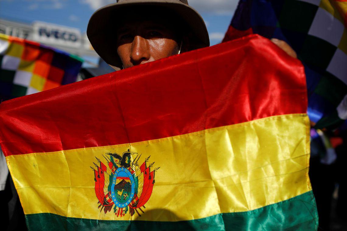 2019 11 19t034211z 685303624 rc23ed95cde4 rtrmadp 3 bolivia election protests - Ex-ministro de Evo Morales será candidato à presidência da Bolívia
