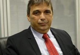 """CALVÁRIO: Após deleção, Genival Matias se coloca à disposição da justiça e diz que """"não há provas"""" contra ele"""