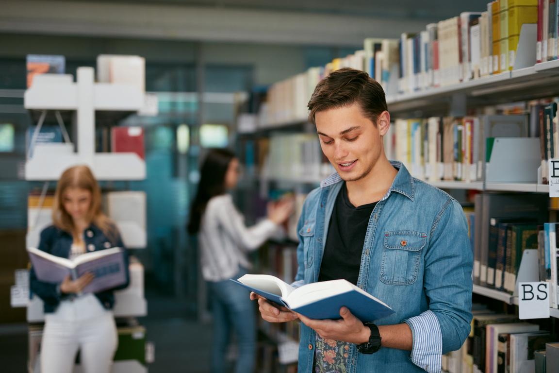 FOTO 4 2 - Programa educacional oferta bolsa de estudo sem exigir nota do Enem