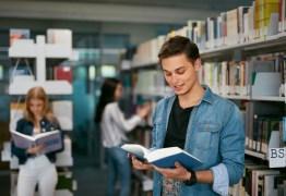 Programa educacional oferta bolsa de estudo sem exigir nota do Enem