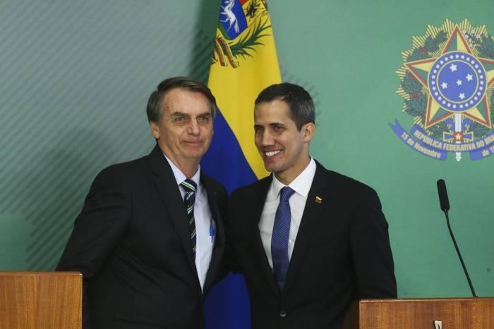 bolsonaro e guaido e1556840781793 - Juan Guaidó perde a presidência da Assembleia Nacional da Venezuela