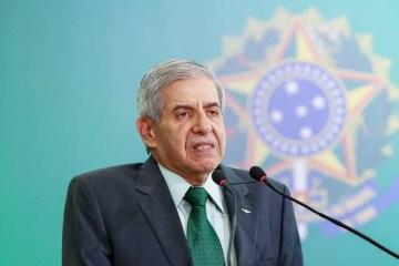 """brasil politica augusto heleno 20190102 006 copy - """"Militares não vão dar golpe ou fazer intervenção"""", diz general Heleno"""