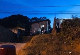 CHOQUE: Idoso fica ferido após sofrer descarga elétrica dentro de casa, em João Pessoa