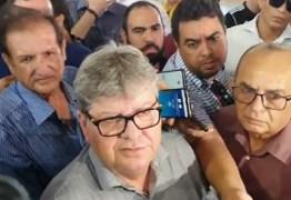 João Azevedo diz que gastos com viagens na campanha foram bancados pelos fundos do partido – VEJA VÍDEO