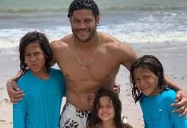 'Não me conhecem', diz Hulk após ser criticado por ficar com sobrinha