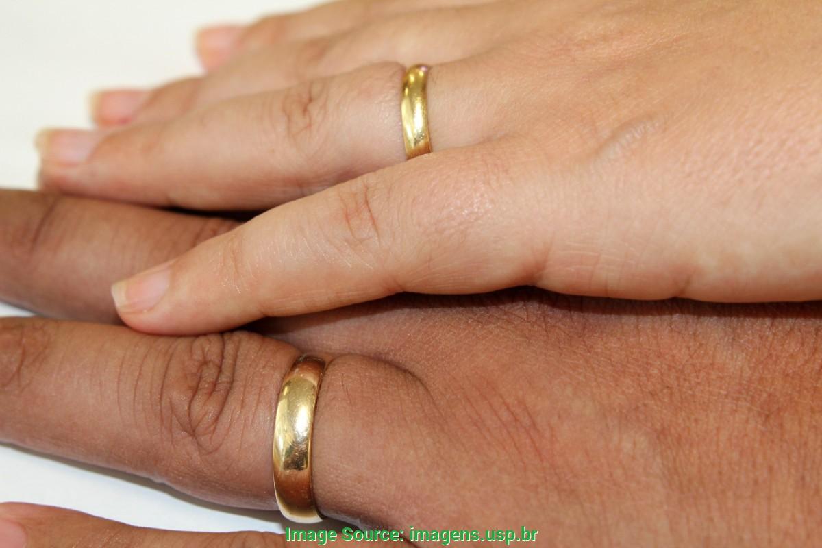 otimo imagens de maos com aliancas de casamento aliancas de casamento usp imagens banco de imagens d 2437 - Conviventes podem converter união estável em casamento nas unidades judiciais e extrajudiciais