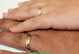 Conviventes podem converter união estável em casamento nas unidades judiciais e extrajudiciais