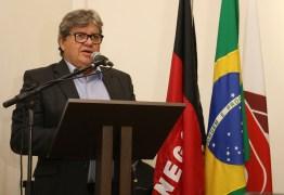 João Azevêdo participa de lançamento de obras e anuncia ações para fortalecer a cultura