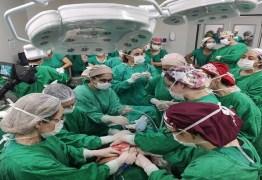 DESAFIO: parto de bebê prematuro e com tumor 'maior que a cabeça dele' mobiliza 50 profissionais; confira