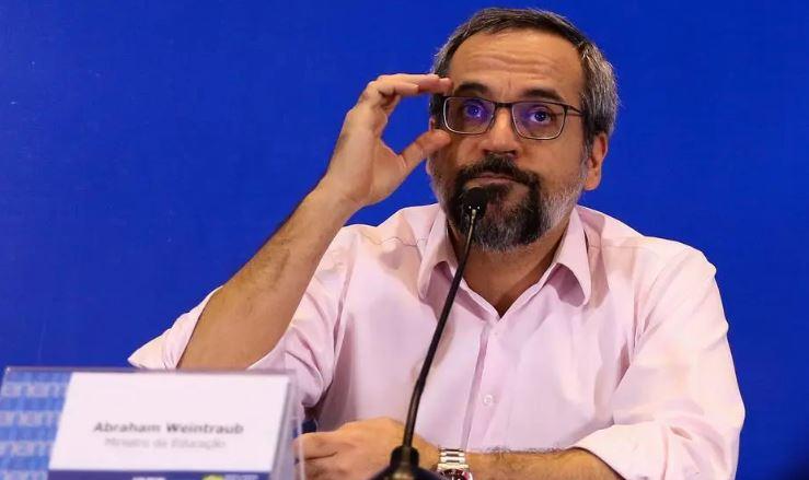 weintraub 2 - Ministério da Educação vai abrir consulta sobre adiamento do Enem, diz Weintraub