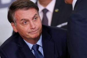 2020 02 13T121946Z 1 LYNXMPEG1C11X RTROPTP 4 POLITICA BOLSONARO DOLAR 300x200 - STF enxerga crimes de Bolsonaro em revelações de Moro e presidente pode ser afastado