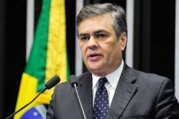 Cássio Cunha Lima 1 1 e1582212754619 - Cássio não é carta fora do baralho na sucessão a prefeito de Campina - Por Nonato Guedes