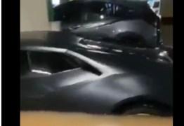 Lamborghini, Porsche e mais: chuva em São Paulo dá prejuízo de mais de R$ 5 mi em prédio – VEJA VÍDEO