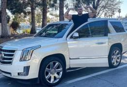 Kleber Bambam compra Cadillac de R$ 800 mil