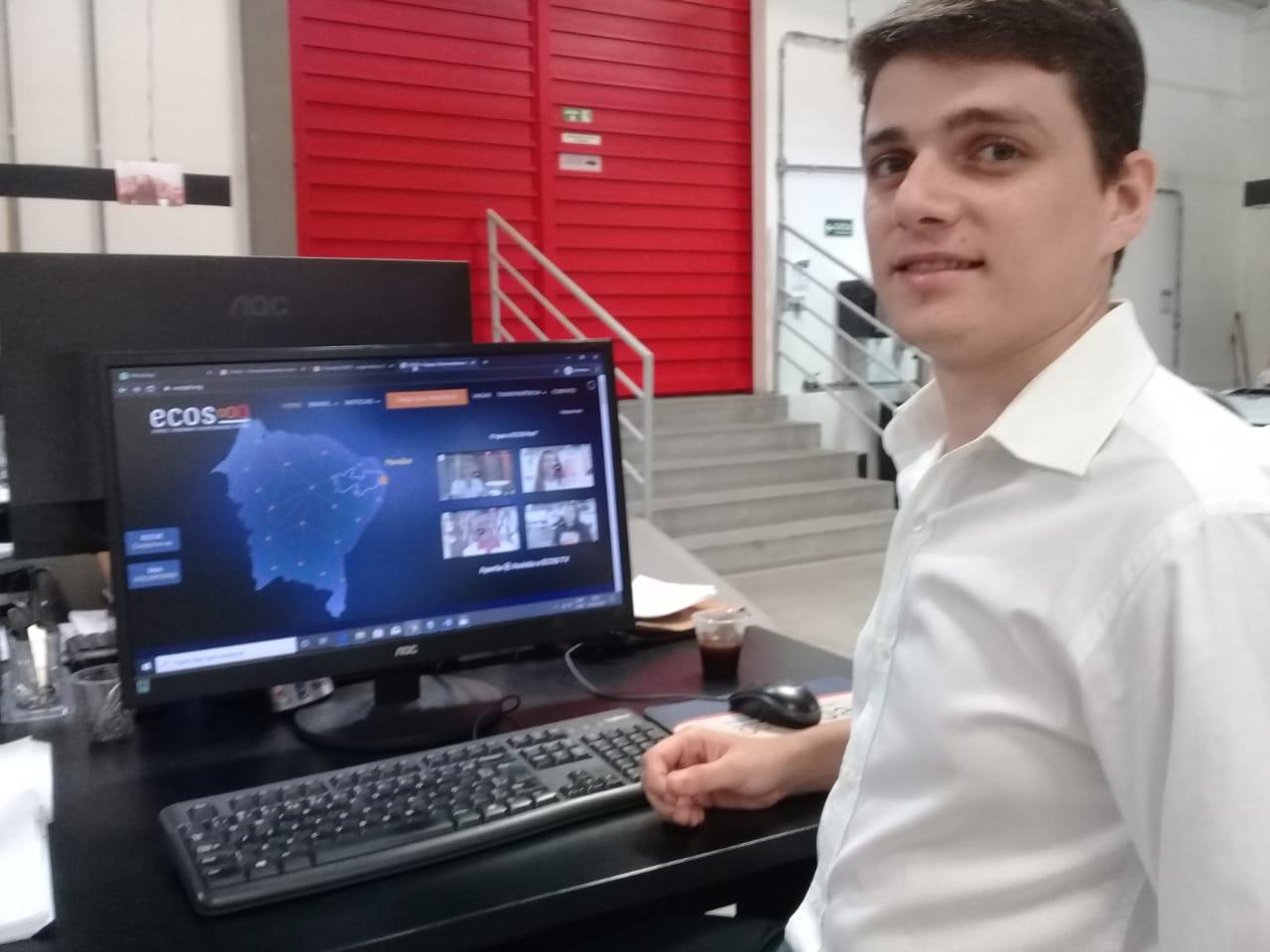 Oselmar Neto AnalistadeRH Ecos - Ecos monitora atuação de colaboradores nas escolas e desenvolve ações preventivas e corretivas