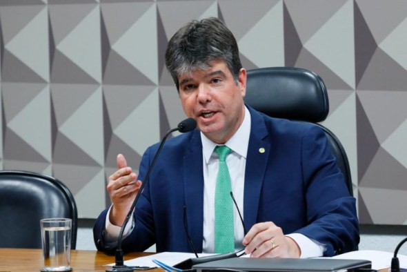 """Ruy Carneiro - Ruy Carneiro fala sobre eleições de 2020, a posição do PSDB em 2022 e sua relação com João Azevêdo: """"Não tenho relação política"""" - CONFIRA"""