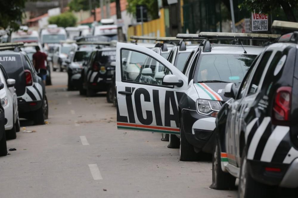 carros da policia - Ceará registra 122 assassinatos desde início da paralisação de PMs