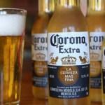 """cerveja corona - """"Vítima"""" de coronavírus, ações de fabricante da Cerveja Corona caem 8% em NY"""