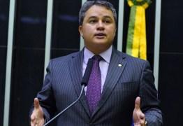 Reforma tributária aumentará confiança do setor produtivo, defende Efraim Filho